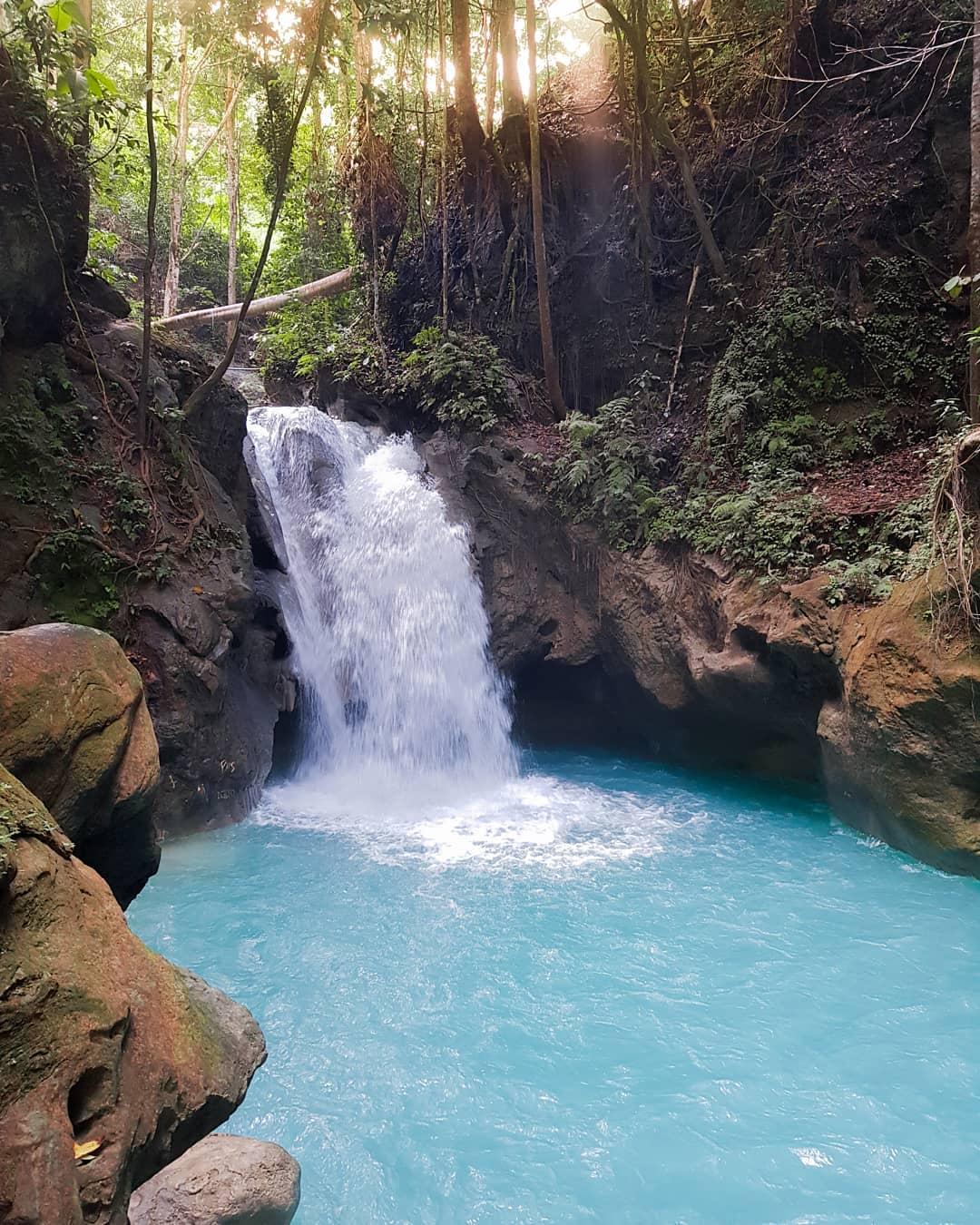 8 Destinasi Wisata Cantik di Banggai, Rugi Kalau Gak ke Sana