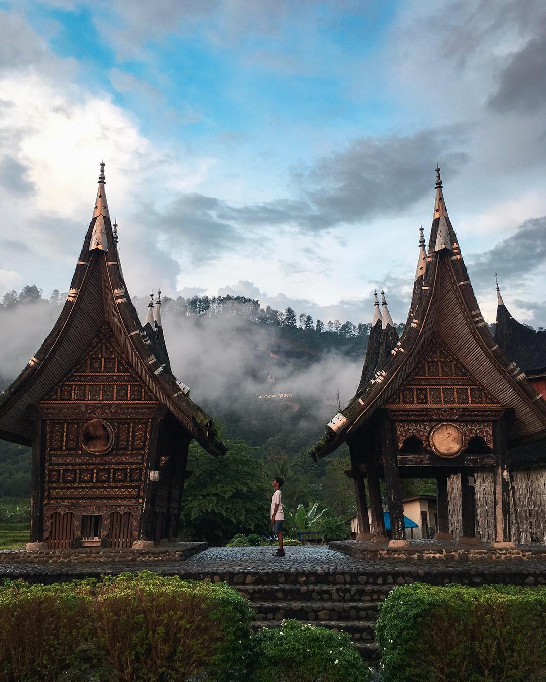 Istana Pagaruyung Keindahan Peninggalan Kerajaan Pagaruyung Destinasi Travel Indonesia