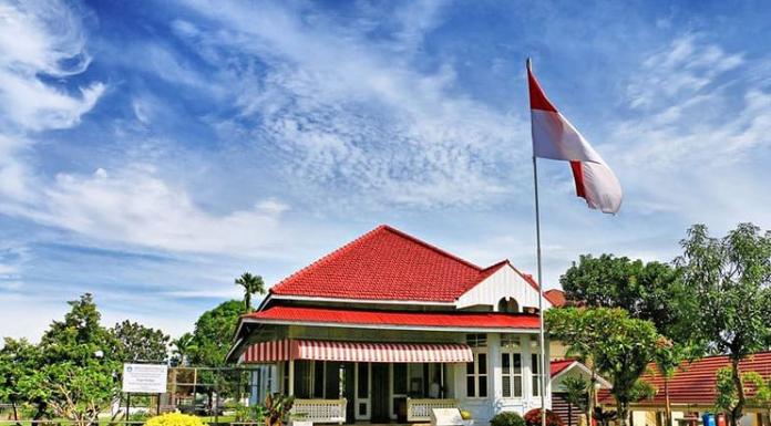 Jejak Historical Presiden Pertama Indonesia Di Rumah Pengasingan Bung Karno Bengkulu Destinasi Travel Indonesia