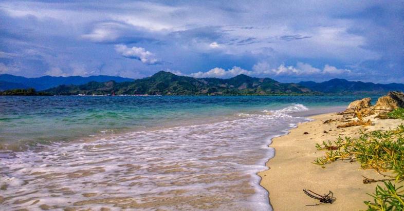 Mengenal Lebih Dekat Pulau Asiangi Di Boalemo Destinasi Travel Indonesia